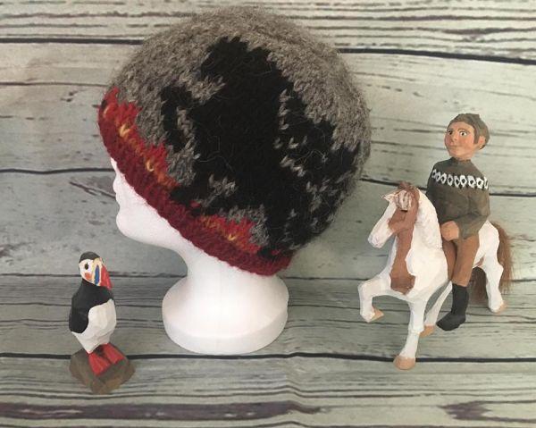 Strickmütze aus Islandwolle Modell Lava Dancer